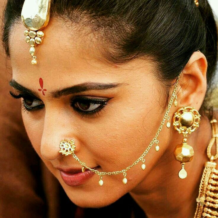 ce4fd4aabb0c8 Pin by Susmi.D on anushka Shetty | Indian jewelry, Nose jewelry ...