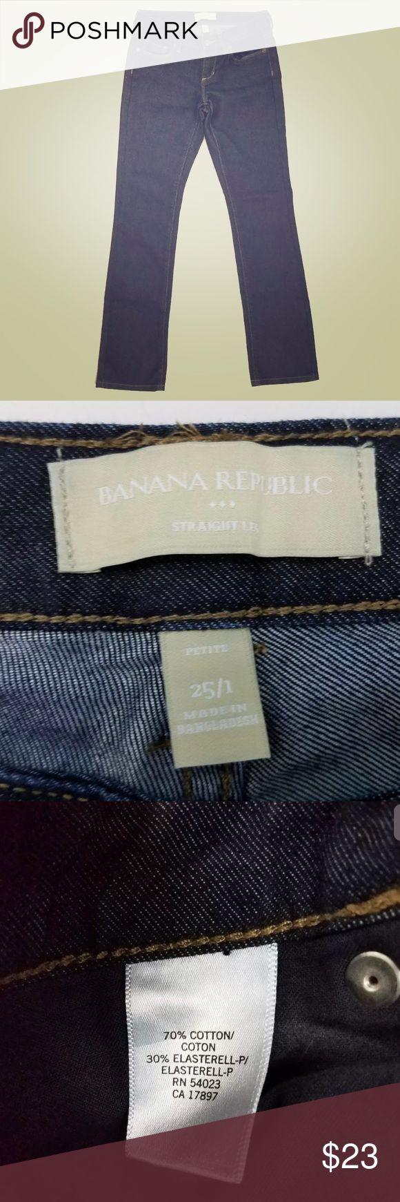 Banana Republic women's straight leg petite jeans Banana Republic women's straight leg petite jeans size 25/1 dark wash  waist: 14 inches rise: 7 inches inseam: 29 waist: 14  70% cotton 30% elastane no holes or stains great condition Banana Republic Jeans Straight Leg