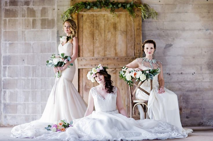 old-mill-bridal-shoot-bourbon-rose-floral-design-sarah-seven-eryn-shea-photography-ontario-bride-_0001