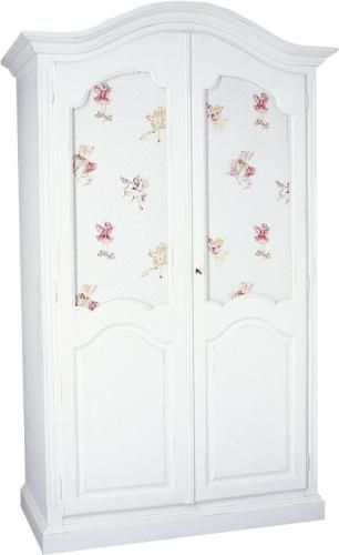 So versatile this wardrobe ,can be used from nurseries to linencupboard to adults bedrooms...a beautiful french classic,my favourite!