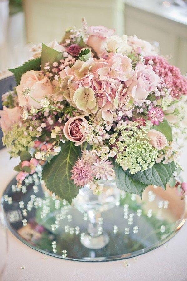 Vintage glamour in Lancashire - Autumn weddings - YouAndYourWedding