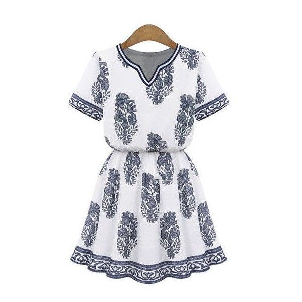 The Graphic Dress Graphic Blue Print White Tunic (€37) ❤ liked on Polyvore featuring tops, tunics, petite tops, blue tunic, white top, blue top and petite white tops