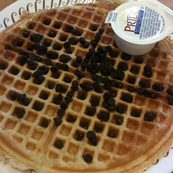 Peanut Butter Chocolate Chip Waffles Waffle House Copycat Recipe Serves 4 2 Cups Bis Chocolate Chip Waffles Peanut Butter Chocolate Chip Chocolate Chip Recipes