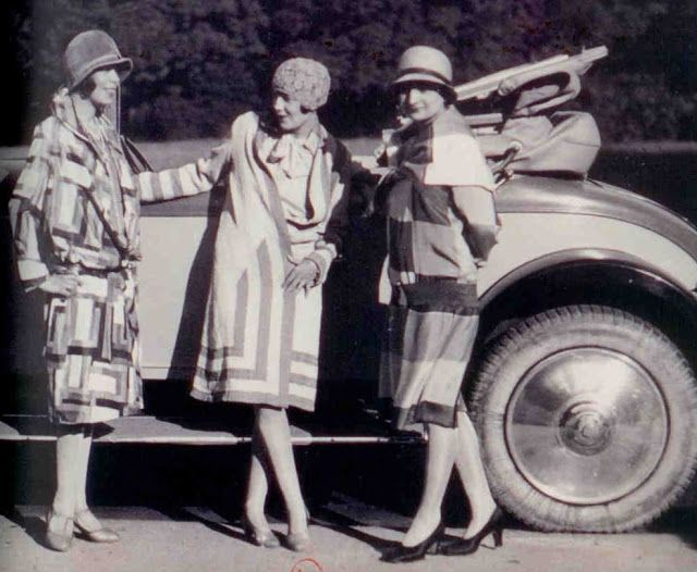 Fashion Signs: Sonia Delaunay and Art Deco Design
