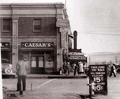 En caesars se inventó la ensalada caesars y se encuentra en Tijuana Baja California México