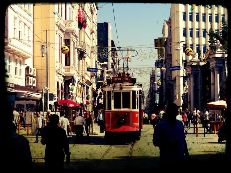 Istanbul - Taksim - Istiklal cadessi