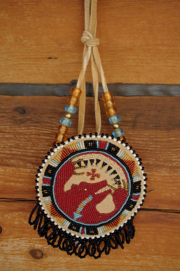 17 best images about rosettes beaded by native american for What crafts did the blackfoot tribe make
