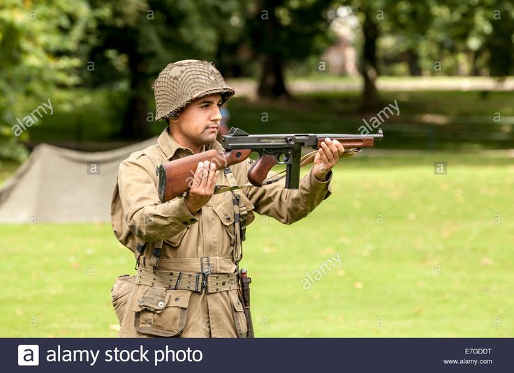 Ww2 Soldier American Stock Photos & Ww2 Soldier American Stock ...