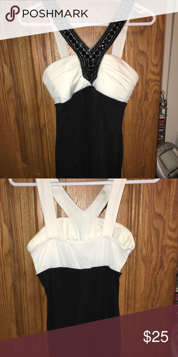 Black and White Cocktail Dress - Simple and sparkly  - Above the knee - Formal style dress Dresses Mini