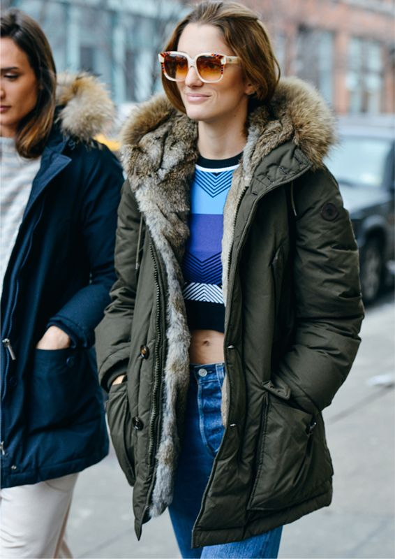 #jeans, a cropped top and a parka #jeans_outfit