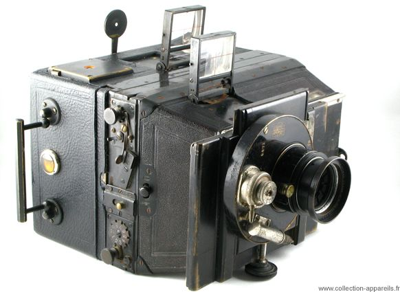 Bellieni Jumelle Vintage cameras collection by Sylvain Halgand Made in France by (Circa) 1900 to () 0.