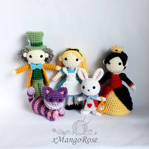 Cheshire Cat and Alice in Wonderland Characters - CROCHET