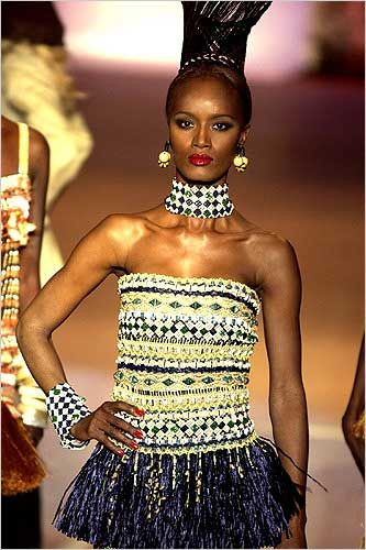 Such lovely embellishments!African Fashion, African Influence, Africa Beautiful, African Flava, Tribal Fashion, African Inspiration, African Hairstyles, African Culture, Haute Couture