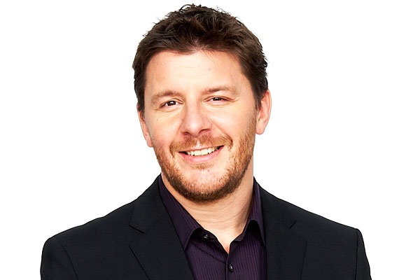 THIS MAN NEEDS TO BE CLONED!! He's impossibly beautiful! Australia is completely in lust with Celebrity Chef, Manu Feildel. Women love him & Men want to be him. He's French, he's cheeky & just reading the phone directory sends women to Heaven. Need I say more? Pity he's dating... We'd make such a lovellllllly couple!!!
