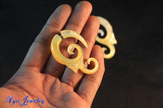 Spiral Shell Earring Tribal Fake Gauge Earrings MoP by ayujewelry, $15.50  http://www.etsy.com/shop/ayujewelry