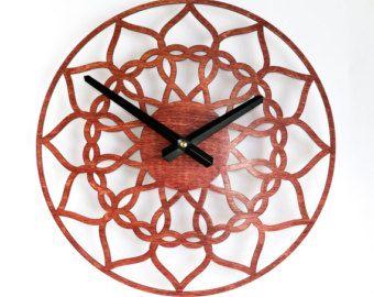 Orologio moderno da parete del fungo rosso