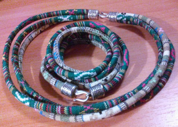 Чокер и браслет-намотка из текстильного жгута.