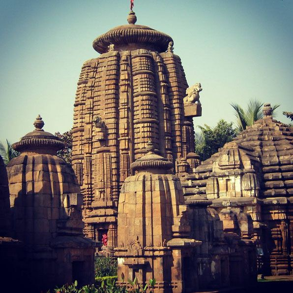 Mukteshwar Temple, uttarakhand, India. Mukteshwar gets its name from an 350-year-old temple of Shiva. Create Your Trip Plan to Uttarakhand -www.TripJinnee.com #ancient #Mukteshwar #wordheritage #heritage #shiva #Architecture #carving #colums #pillers #uttarakhand #india #travel #hindu #incredibleindia  #travel  #palace #building #Nainital #hindu #shiv #godshiva