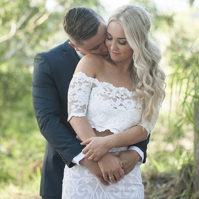 True love. Beautiful photography by @thelifeofamuse and gorgeous hair/ make up from @empireartistries ❤️ #lovepsweddings  #portstephensweddings  #portstephens  #psiloveyou