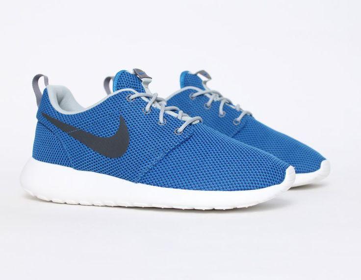 nike roshe run blue black reference 511881 403 nike roshe run sneakers .