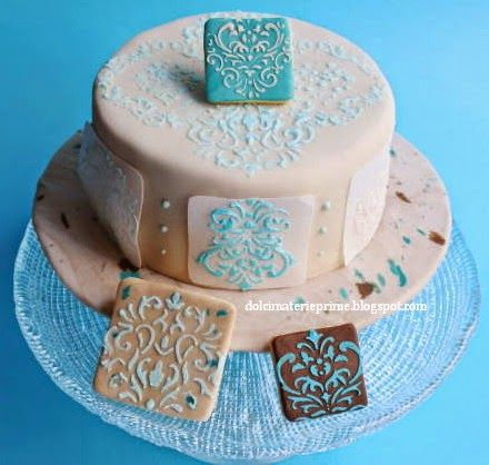 Royal Icing stenciled cake and cookies