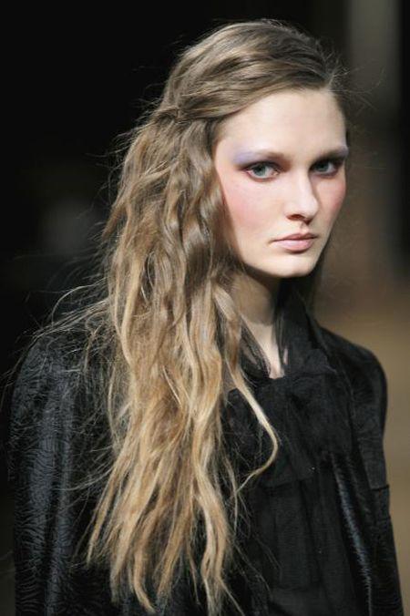 .: Hair Colors, Ash Blondes, Beaches Waves, Dark Blondes, Long Hair, Hair Makeup, Hair Style, Hairmakeup Eye, Pretty Hair