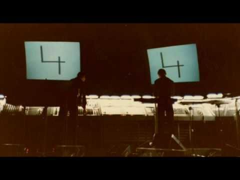 Kraftwerk - Numbers / Computer World (Clip, Live 1981) - YouTube