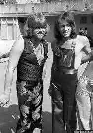 Peter Cetera and Bobby Lamm of Chicago...well, at least they're not wearing sideburns! I love these guys - love their music so much!