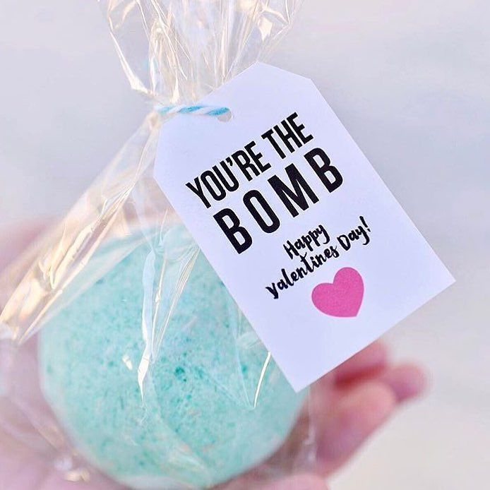 I stumbled upon this cute Valentine's Day gift idea from @makelifelovely  Is this not The cutest idea ever? I thought you ladies might like this idea  whether you use as a Valentines gift or to someone going through infertility who might need just a pick me up! Bath bombs are amazing if you haven't tried them by the way. What are your favorite gifts to give someone when they need cheering up? #ttccommunity #iui #ivfjourney #adoption #ivf #ttc #infertility #infertilityawareness