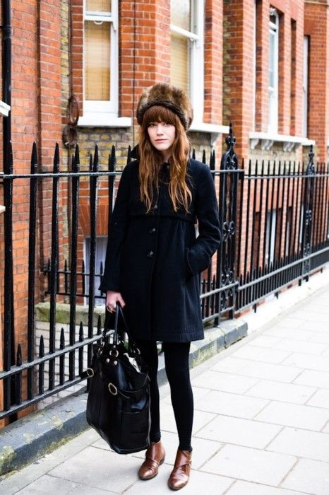 All Black, Winter Style, Winter Looks, Street Style, Winter Outfit, Winter Fashion, Winter Coats, Fur Hats, Winter Hats