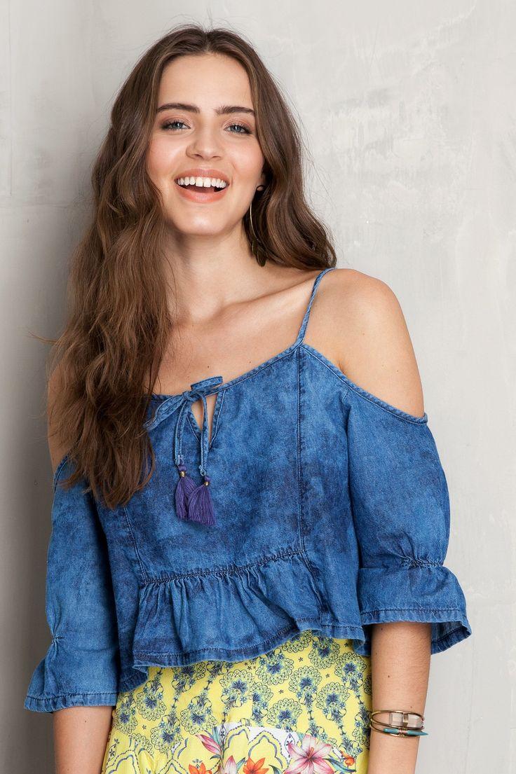Blusa denim ombro vazado | Dress to