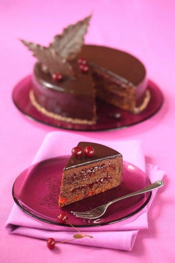 """Торт """"Вишнёвый трюфель"""".  Шоколад и вишня - бессмертная классика, которая не…"""