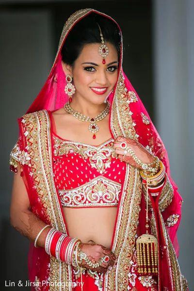 Bride Photography Poses Indian Wedding