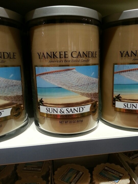 Yankee Candle Sun And Sand Smells Like Coppertone And Summer My All Time Fa