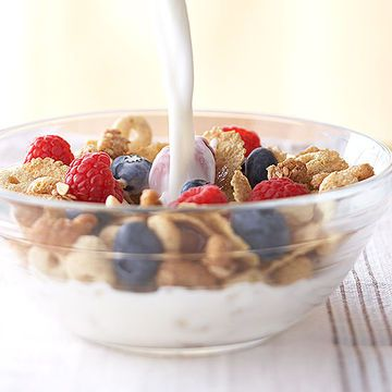 Pregnant and need more fiber in your diet to get your digestive tract moving? Eat a high-in-fiber breakfast cereal, like Fiber One. If milk is too much for your stomach to handle, try snacking on dry cereal instead.