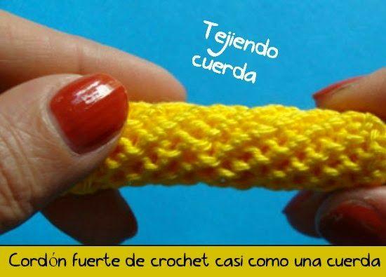 Ya hemos visto y he traido al blog m�s cordones realizados a crochet, pero en este caso este cor...