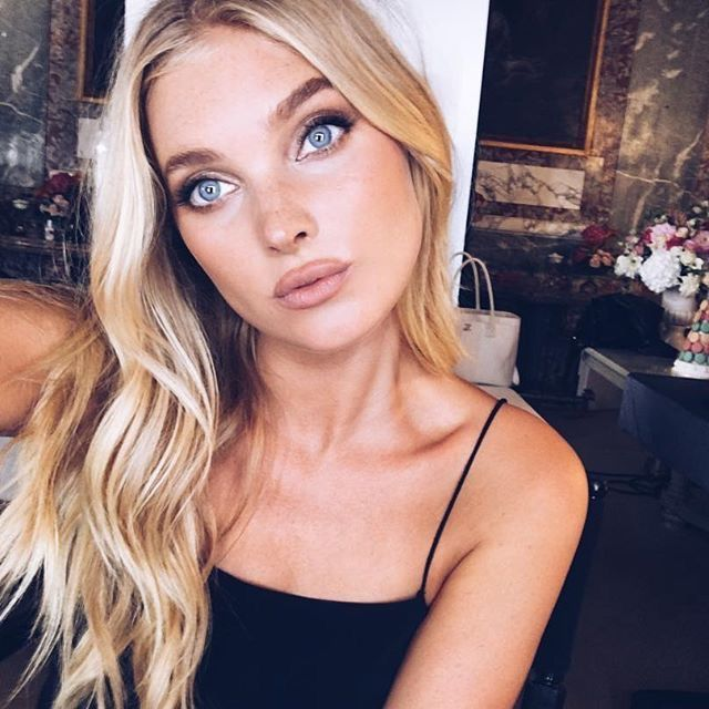 Elsa HOSK!!!! ACTS AS...