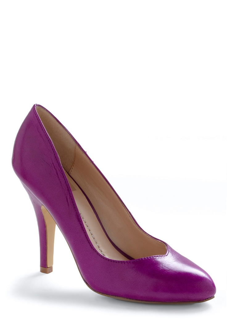 really lovely simple fuschia heelModcloth Shops, Purple Shoes, Purple Pump, Fuchsia Heels, Pump In, Modcloth Com, Shoes Heels Pump, Bright Colors, Playlists Heels