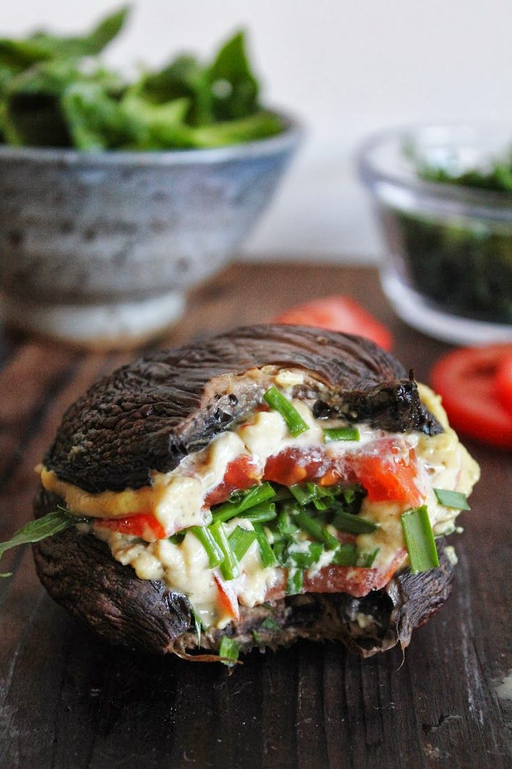 Marinated Portobello Cashew Cheese Burger..... Would be so interested to try this one day even though I'm not the biggest fan of mushrooms