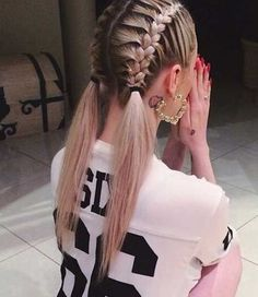 Quick Braided Hairstyle , Sporty - Cute Braids