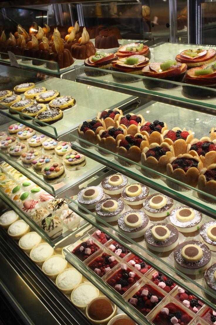 Italian Bakery Cakes