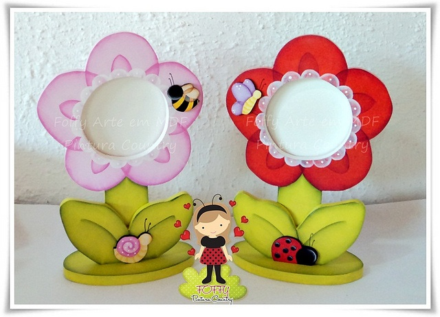Porta Retratos Flor by FOFFY - Arte em MDF, via Flickr