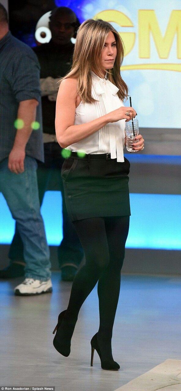 Jennifer Aniston Mini Skirt And Pumps On Gma Set