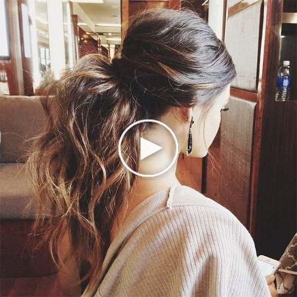 25 Coiffures De Fete Qui Changent Du Chignon In 2020 Messy Hairstyles Fall Hair Hair Styles
