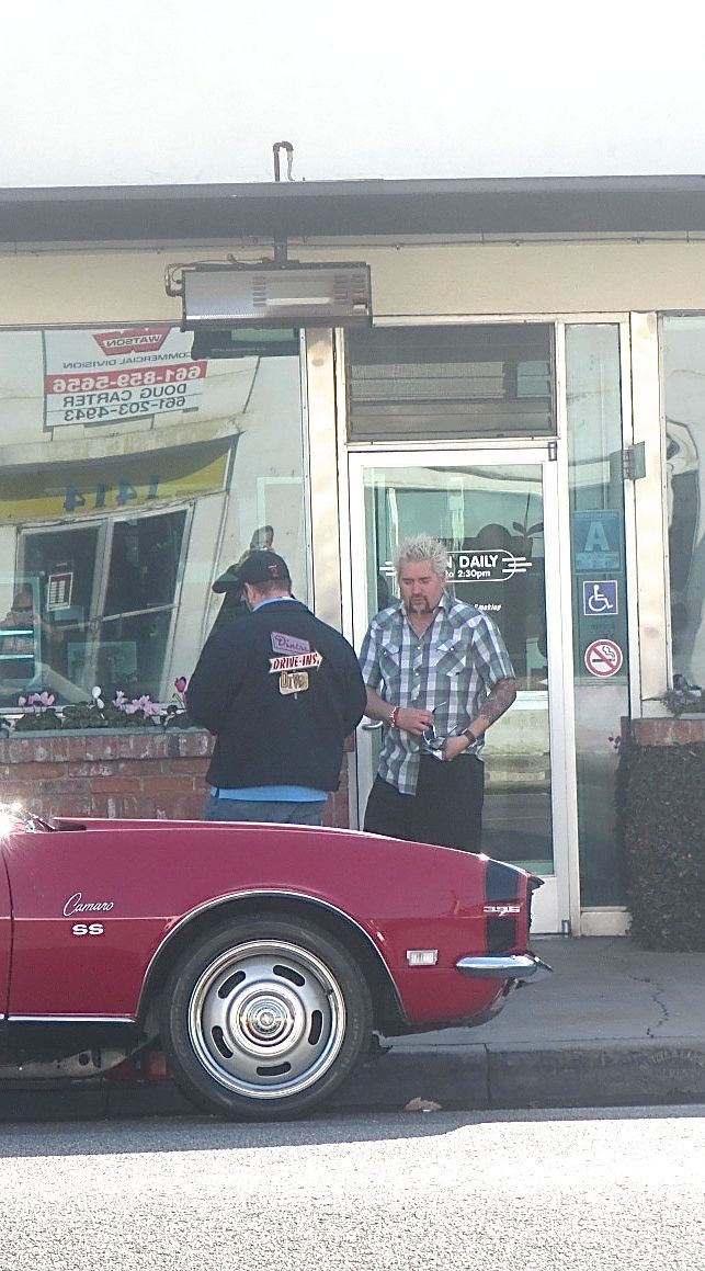 Diners Drive Ins And Dives Bakersfield Th Street Cafe