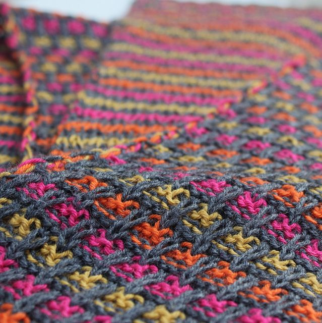 Free Pattern: Double Sided Scarf by Sophie Christophe