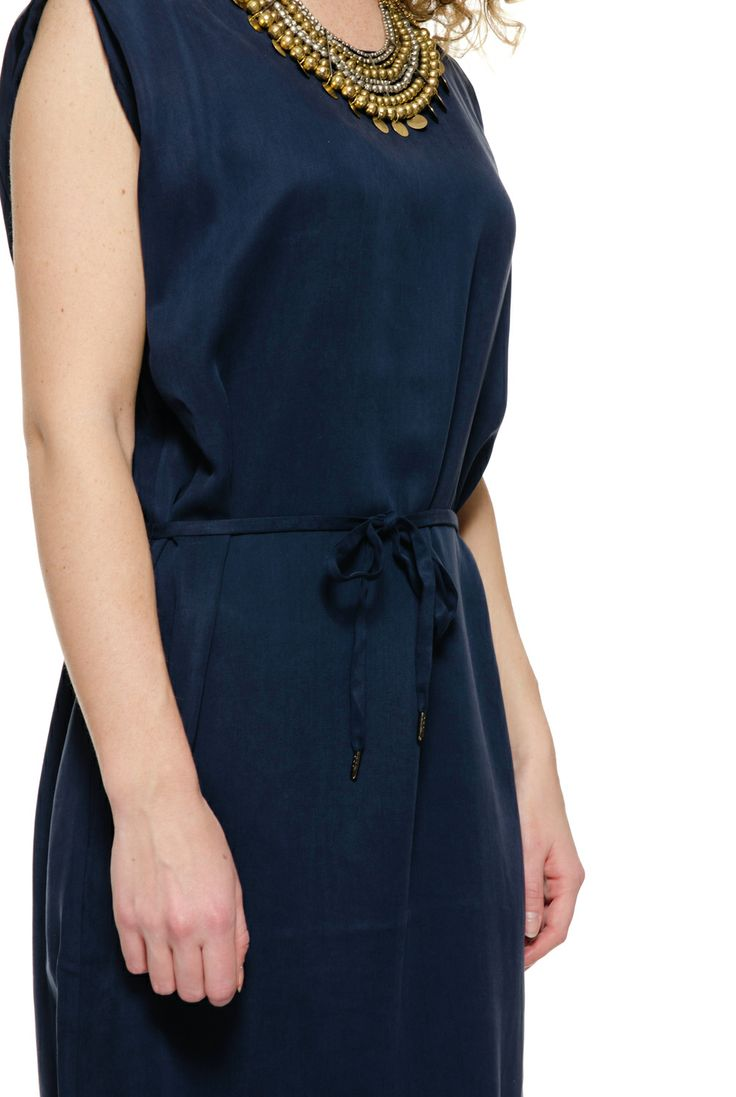 Samsoe dress talou. Dark blue dress. Now 50% sale, gotta have this dress. Beautiful party dress, works great with a statement necklace.
