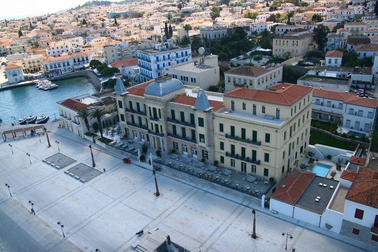 A Spetses landmark for its architecture since 1914, Poseidonion Grand Hotel provides its exquisite guest with elegant and exclusive accommodation