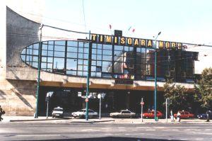 Gara de Nord este gara principală a orașului și totodată cea mai mare gară din regiunea de vest a României. Înafară de legăturile cu principalele zone urbane din ţară, aceasta are şi legături directe cu Budapesta în Ungaria și Belgrad în Serbia. Inaugurată în 1899 şi reconstruită în 1970, astăzi, înfăţişarea Gării de Nord este […]