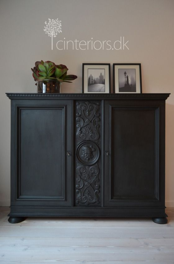 Sideboard painted with Annie Sloan's Chalk Paint in Amsterdam Green. via Cinteriors